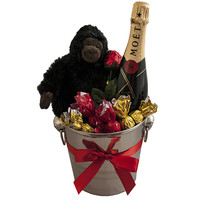 Gorilla and Moet