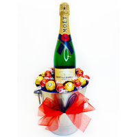 Moet Celebration Gift Hamper